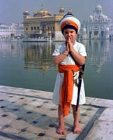 Gurumustuk Singh Khalsa, 5 yrs old at the Golden Temple