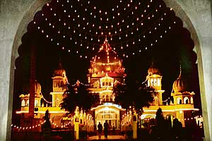 The Sector 38 gurdwara illuminated on the eve of the birth anniversary of Guru Gobind Singh in Chandigarh on Thursday